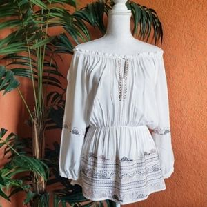 Love Stitch Boho Embroidered Peasant Top White Med